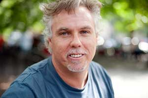 Storytelling and Nonprofit Marketing: Invisible People's Mark Horvath Talks to Marketing Smarts [Podcast]