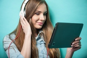 Four Tips to Improve Customer Service Using Social Listening