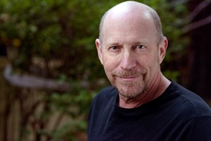 Social Media, CX, and Lessons From Working With Steve Jobs: LiveWorld's Peter Friedman on Marketing Smarts [Podcast]