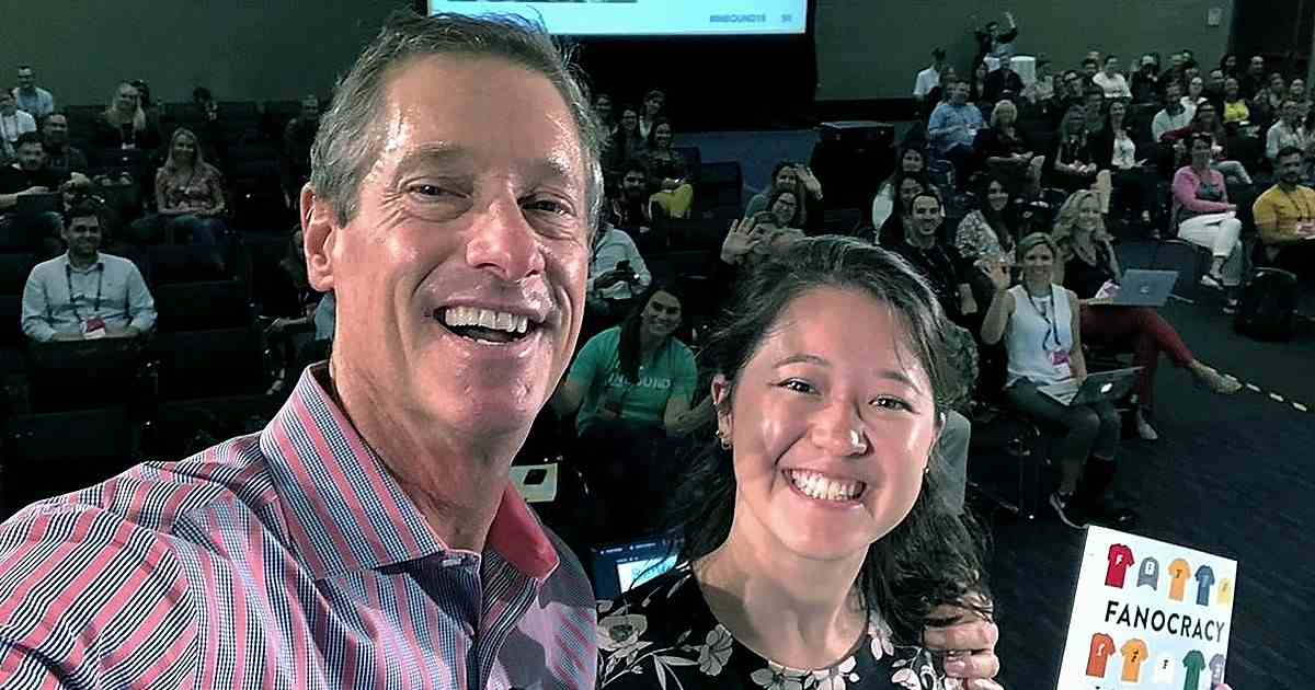 How to Inspire People to Love Your Brand the Way They Love Harry Potter (or Starbucks or Disney or MarketingProfs!): David Meerman Scott on Marketing Smarts [Podcast]