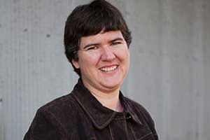 Small Town Rules: Author Becky McCray on Marketing Smarts [Podcast]
