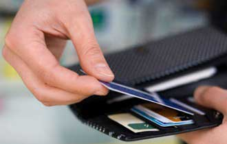 Consumers Hesitant to Spend