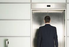 Three Reasons to Ditch the Elevator Pitch