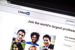 Engaging on LinkedIn: Five Strategies for Sales and Marketing Leaders