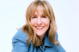 Whose Content Is It Anyway? Better Marketing Through Improv: Kathy Klotz-Guest on Marketing Smarts [Podcast]