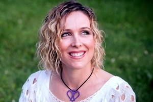Doing Well, Doing Good, and Doing Right: Nichole Kelly Explains 'Conscious Marketing' on Marketing Smarts [Podcast]