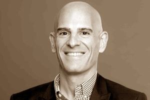 Startup Marketing and the Power of CX: Figurr Founder David Cooperstein on Marketing Smarts [Podcast]