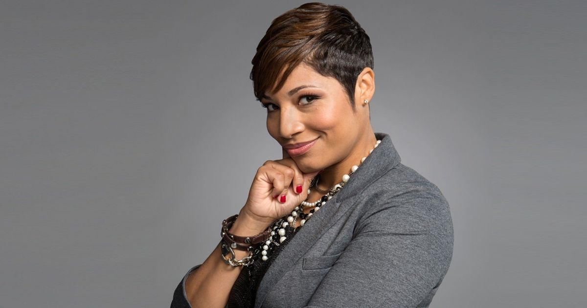 To Advance Racial Justice, Have Those Uncomfortable Conversations: Lori Hall on Marketing Smarts [Podcast]