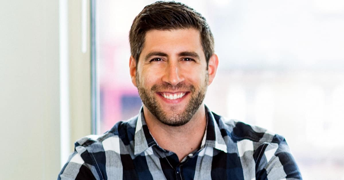 How to Create Better Content by Conducting Better Interviews: Jay Acunzo of '3 Clips' on Marketing Smarts [Podcast]