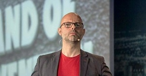 Image for Creativity in the Time of COVID: Author and 'Innovation Thinker' Dave Birss on Marketing Smarts [Podcast]