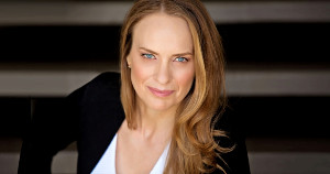 Influencer Marketing and Building Customer Relationships: Ursula Ringham on Marketing Smarts