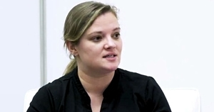 Nearly Painless Change Management: Katie Robbert of Trust Insights on Marketing Smarts