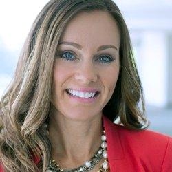 image of Lindsey Groepper