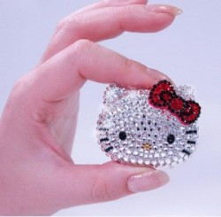 Hello, Glamour, Glitz, and Bling: Hello Kitty!