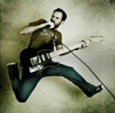 Make it Big: 3 Social Media Lessons From Rock Stars
